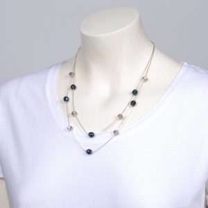 Transparent and blue crystalls double short necklace
